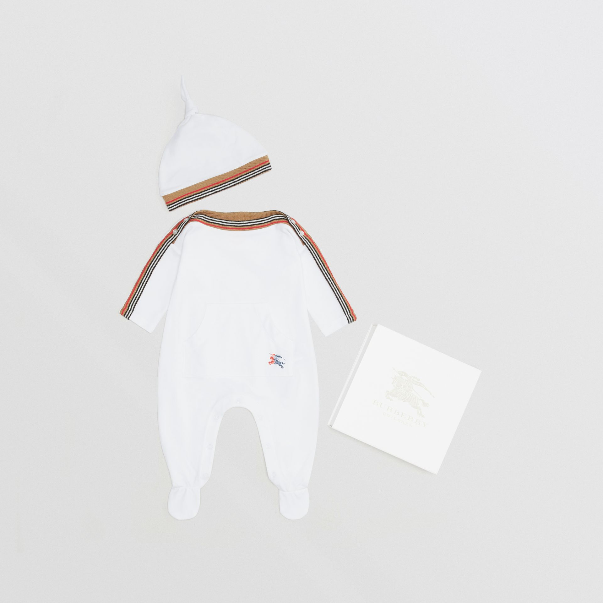 Icon Stripe Cotton Piqué Two-piece Baby Gift Set in White - Children | Burberry Singapore - gallery image 0