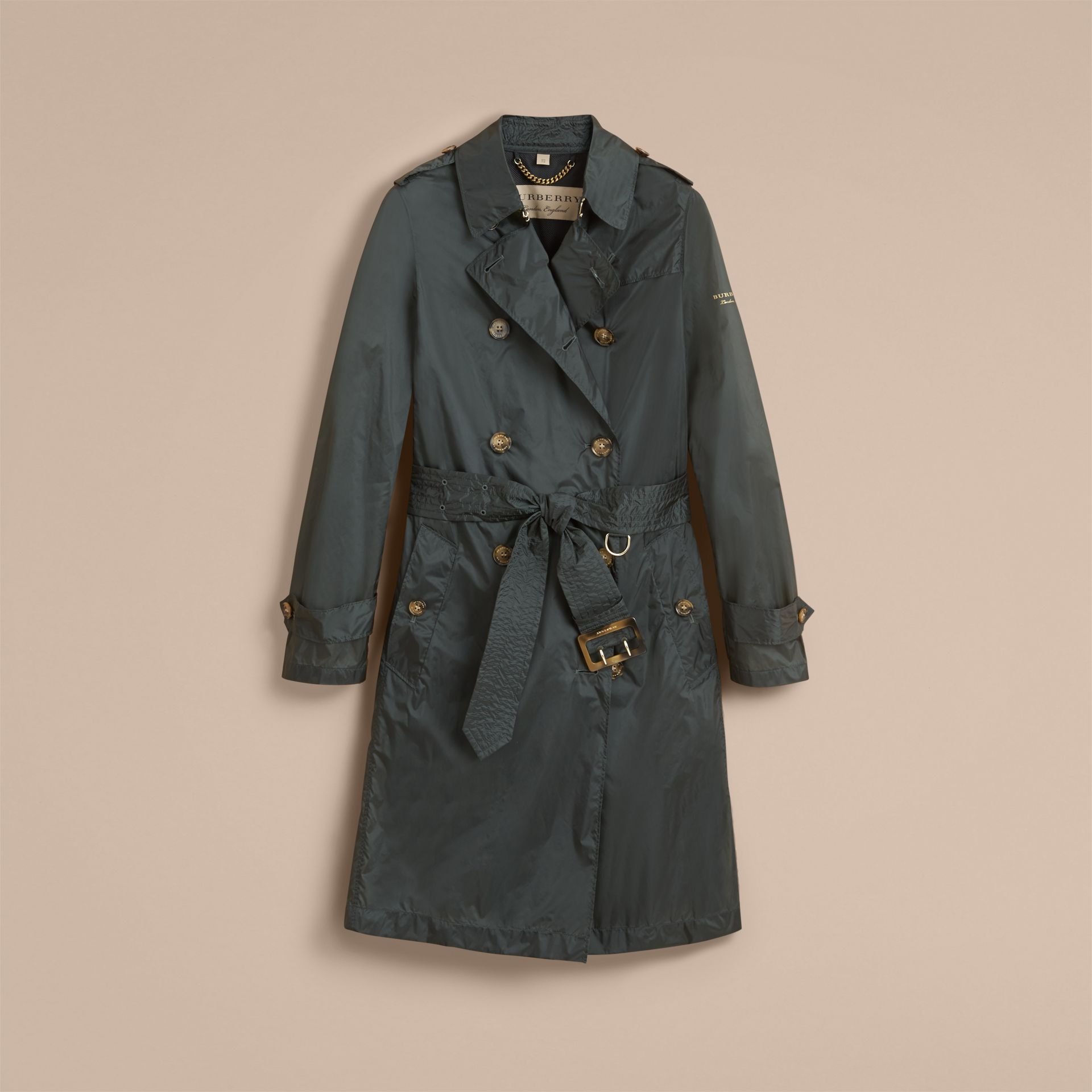 Super-lightweight Trench Coat in Vintage Green - Women | Burberry - gallery image 4