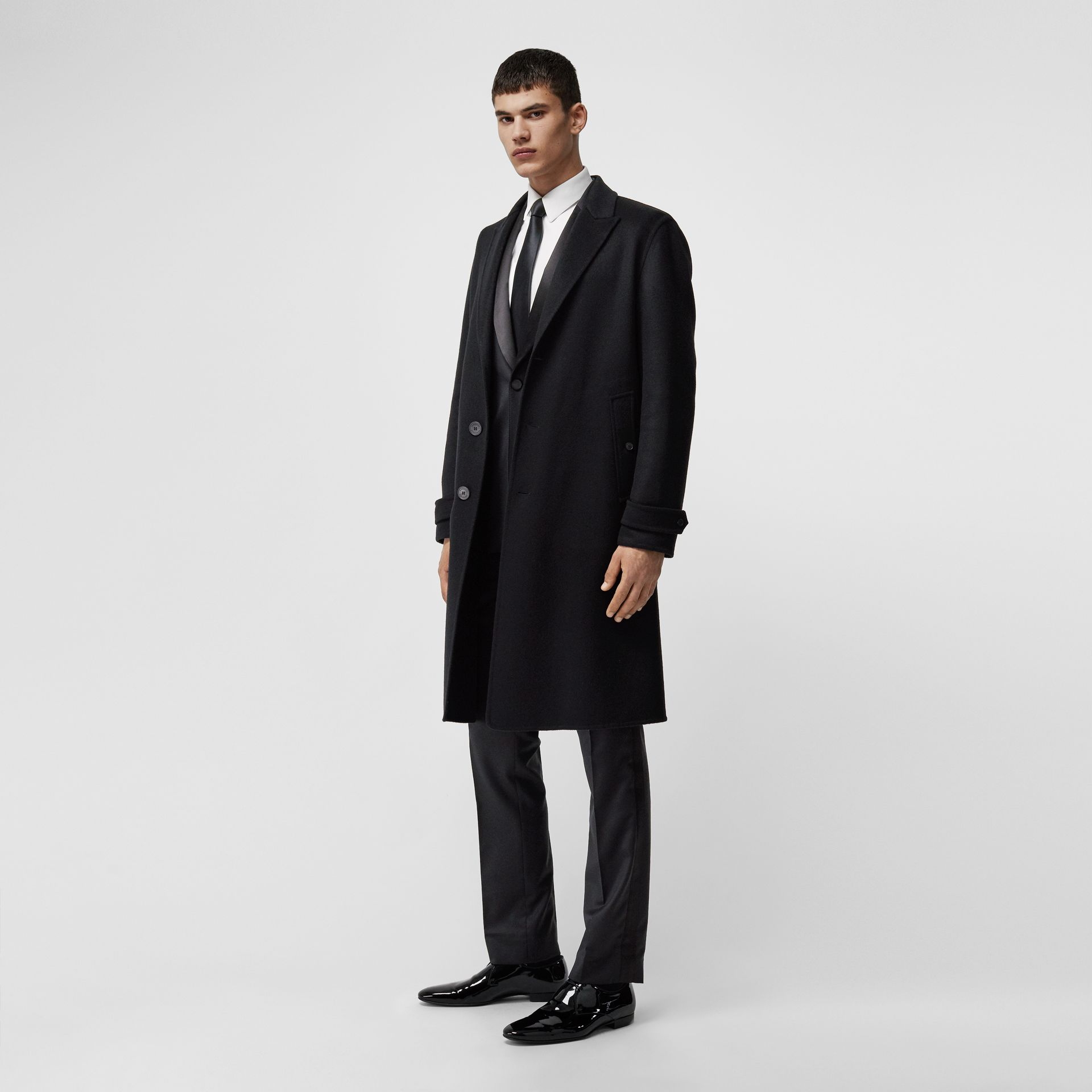 Cashmere Tailored Coat in Black - Men | Burberry - gallery image 0