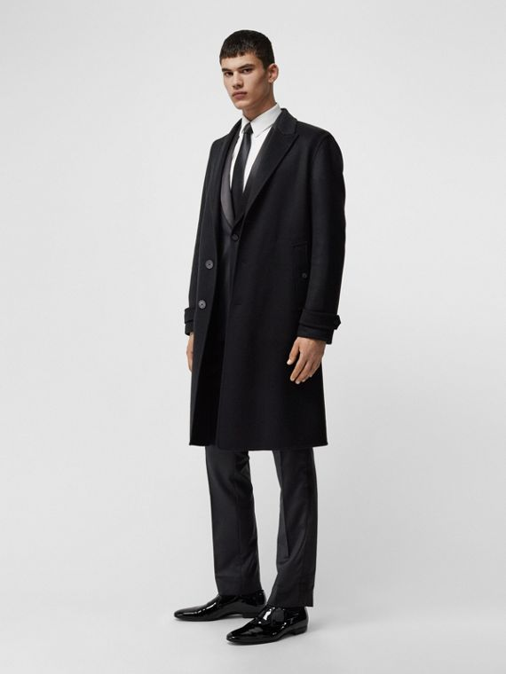 Cashmere Tailored Coat in Black
