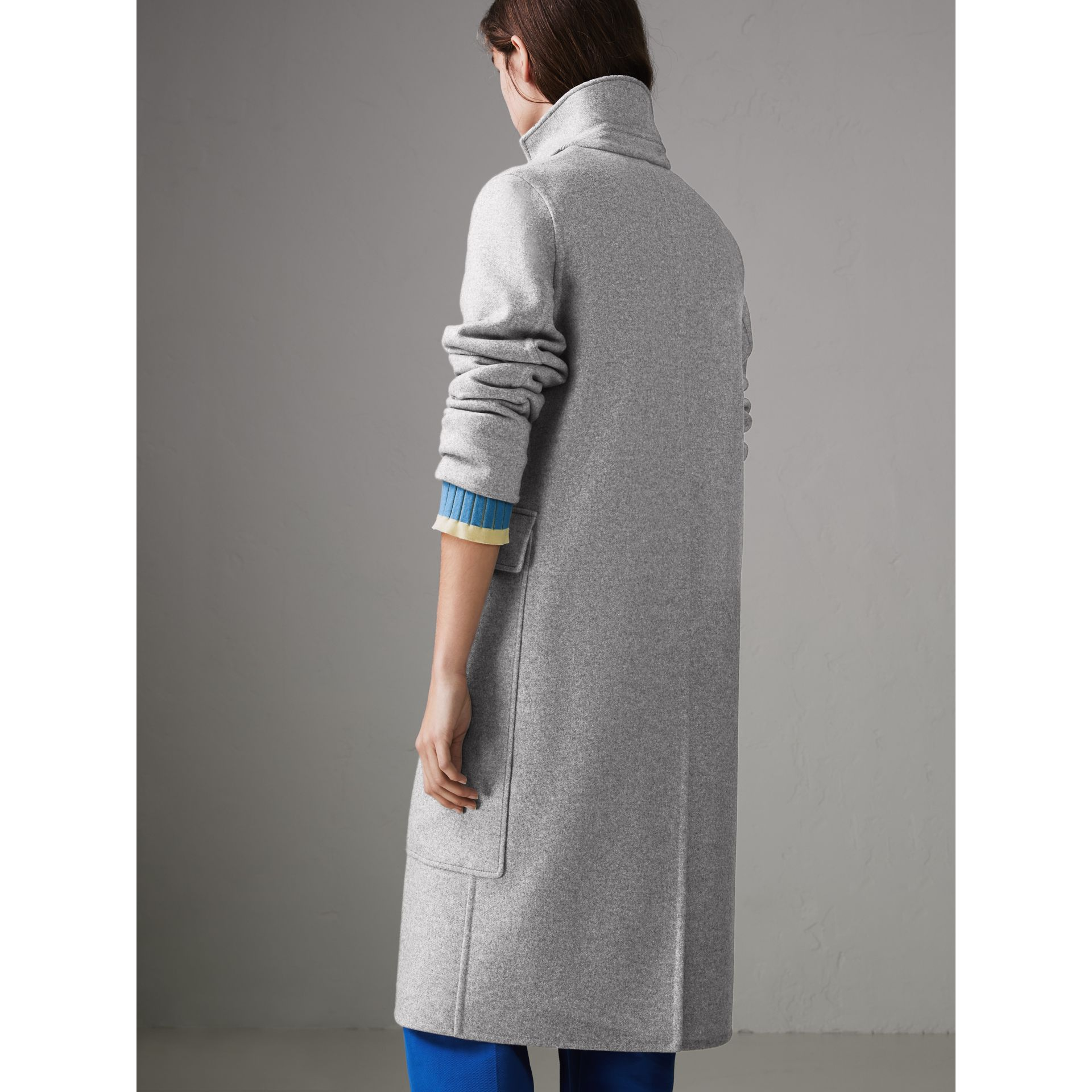 Check Collar Cashmere Coat in Pale Grey Melange - Women | Burberry - gallery image 2