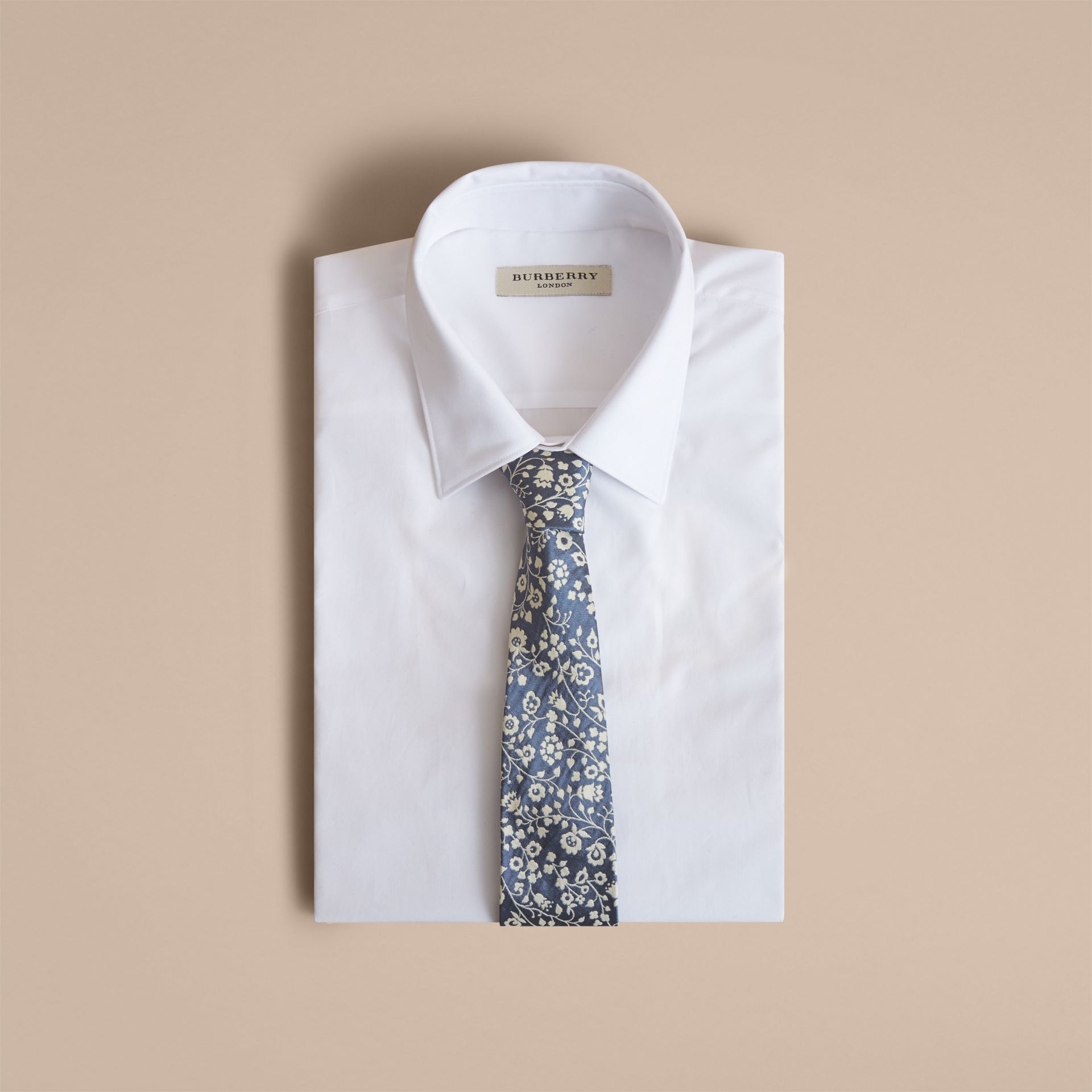 Modern Cut Floral Silk Jacquard Tie in Pale Blue - Men | Burberry - gallery image 4