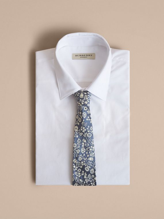 Modern Cut Floral Silk Jacquard Tie in Pale Blue - Men | Burberry Australia - cell image 3