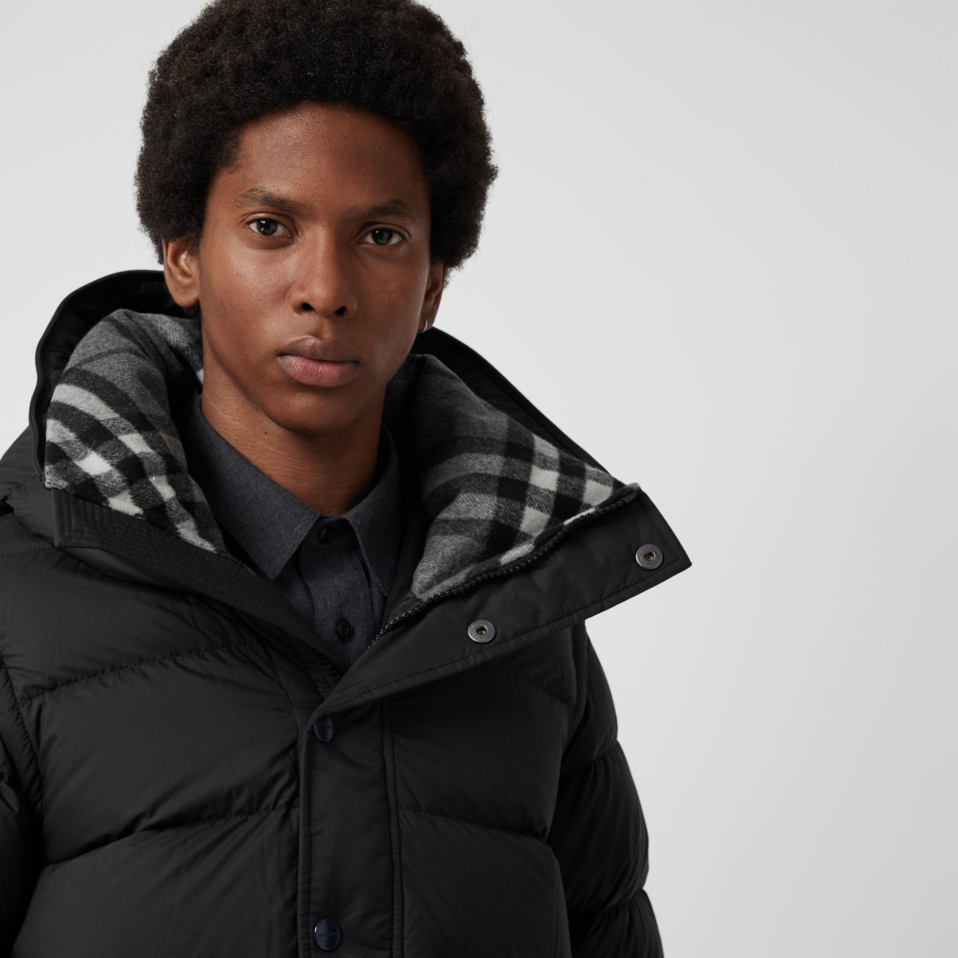 Detachable-sleeve Down-filled Hooded Puffer Jacket in Black - Men | Burberry Canada - gallery image 6
