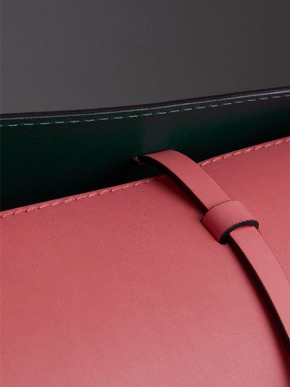 Borsa The Bucket media in pelle (Rosa Corallo Brillante) - Donna | Burberry - cell image 1