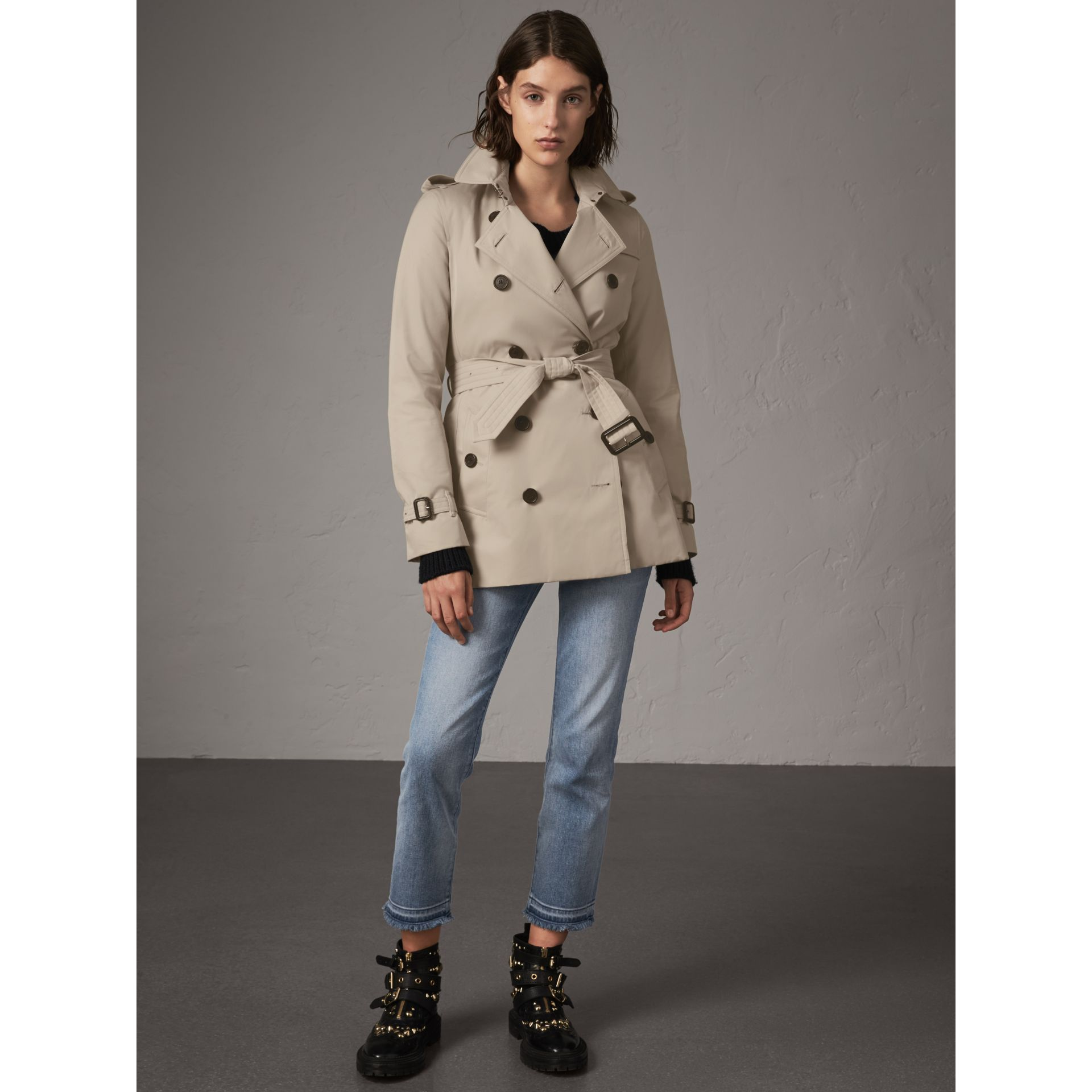 The Kensington – Kurzer Trenchcoat (Steinfarben) - Damen | Burberry - Galerie-Bild 7