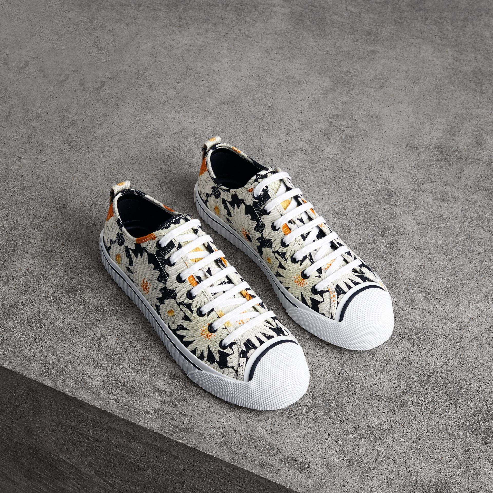 Daisy Print Cotton Canvas Sneakers in Black | Burberry - gallery image 0