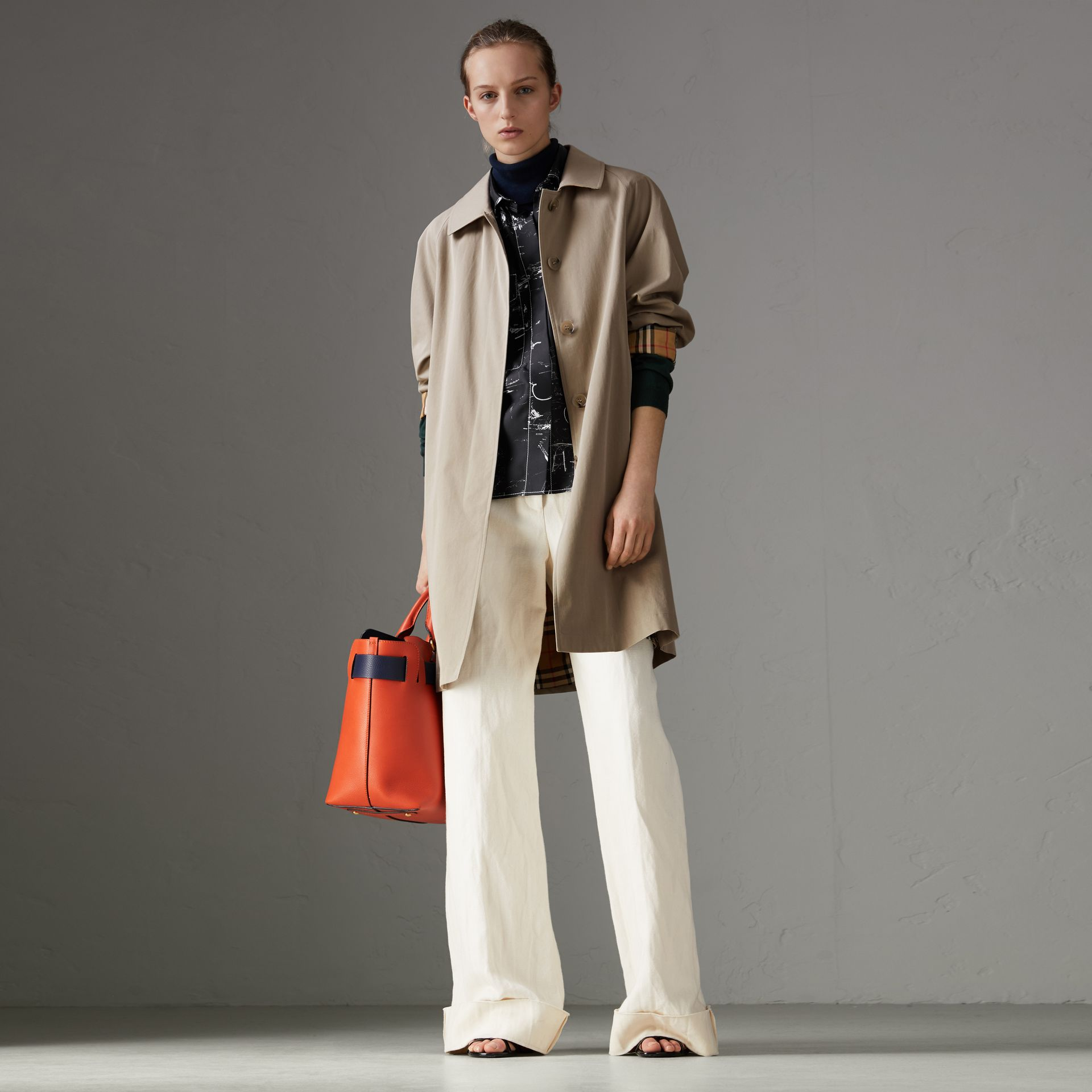The Camden – Long Car Coat in Sandstone - Women | Burberry - gallery image 0