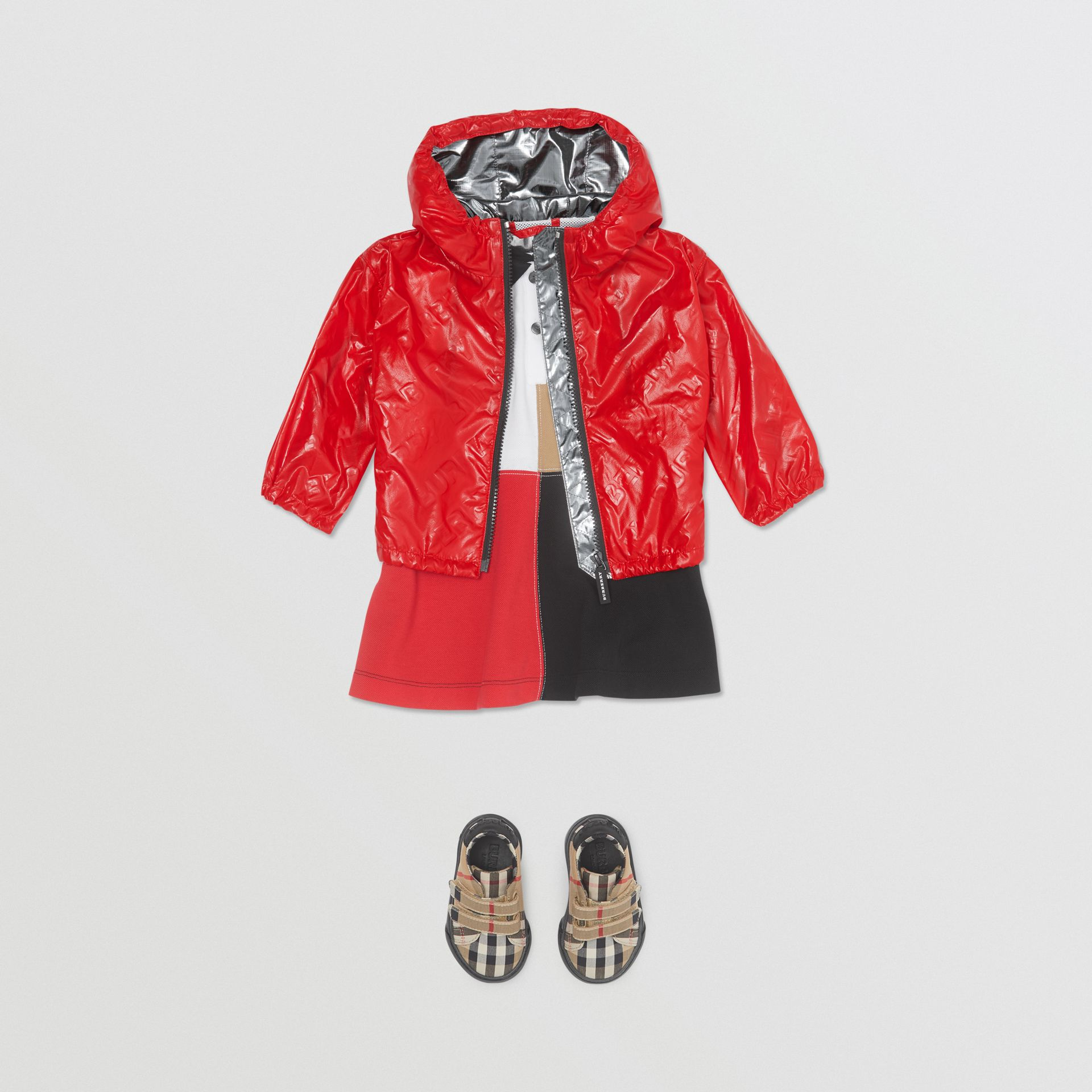 Logo Print Lightweight Hooded Jacket in Bright Red - Children | Burberry United States - gallery image 2