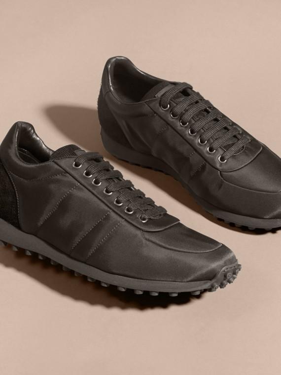 Nero Sneaker tecniche con finiture effetto texture Nero - cell image 3