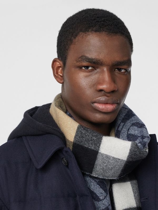Reversible Check and Monogram Cashmere Scarf in Indigo | Burberry - cell image 3