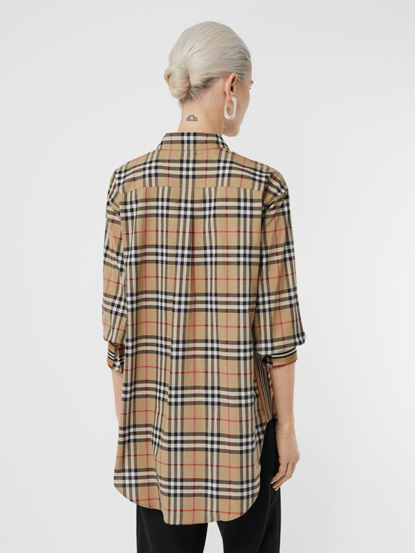 Vintage Check Stretch Cotton Oversized Shirt in Archive Beige - Women | Burberry - cell image 2