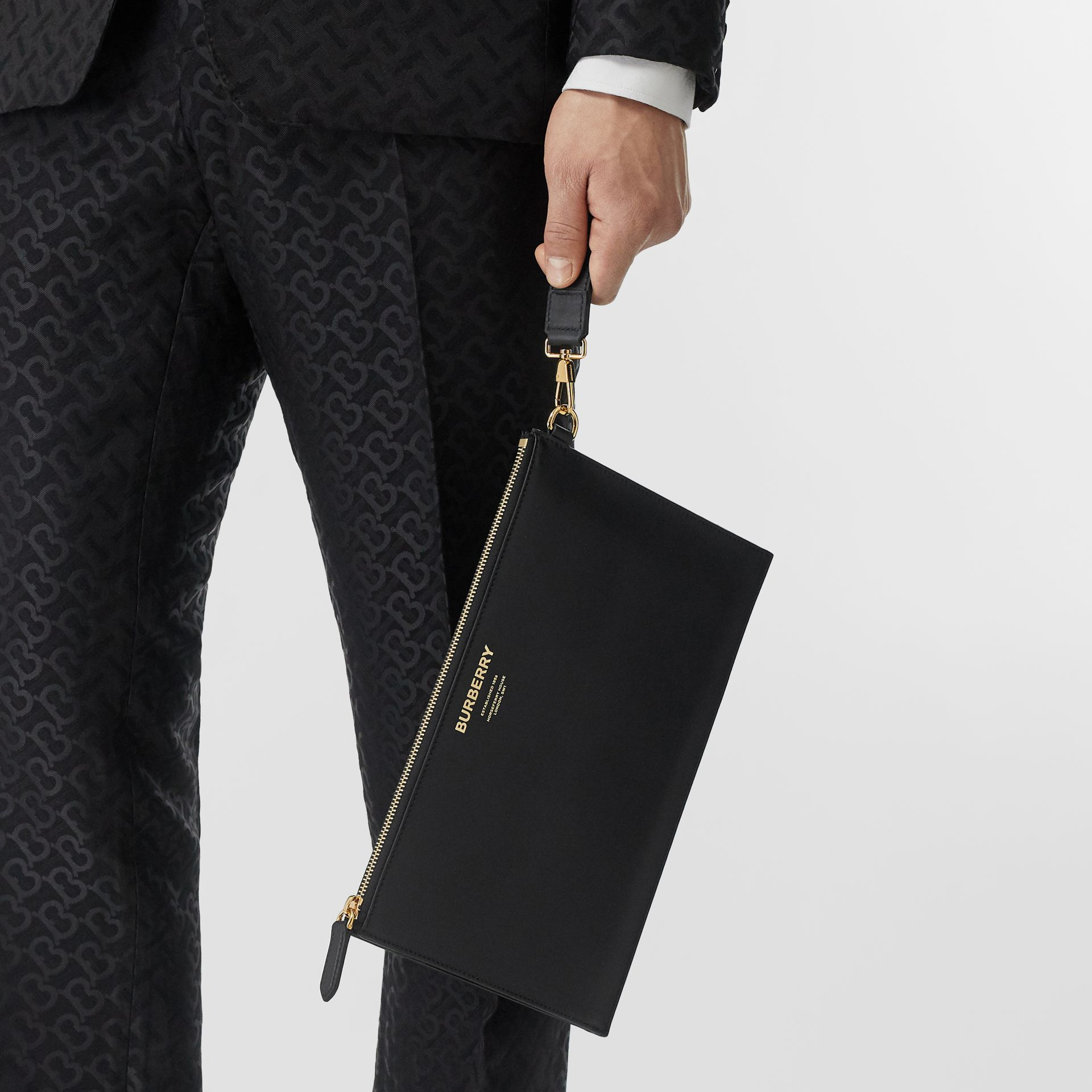 Horseferry Print Leather Zip Pouch in Black - Men | Burberry Canada - gallery image 2