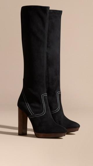 Stivali al ginocchio con plateau in pelle scamosciata con impunture