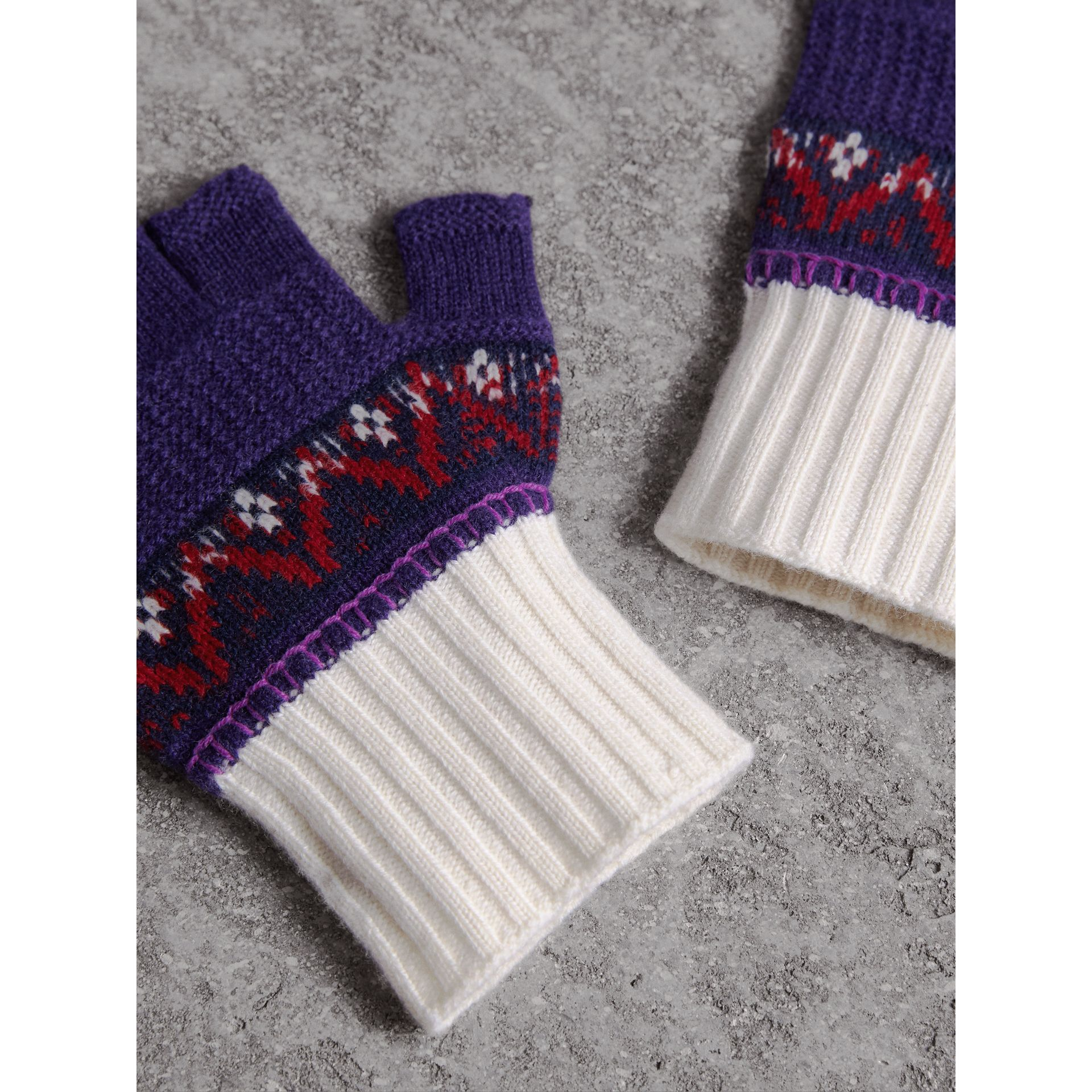 Fair Isle Cashmere Wool Fingerless Gloves in Purple Grape | Burberry - gallery image 3