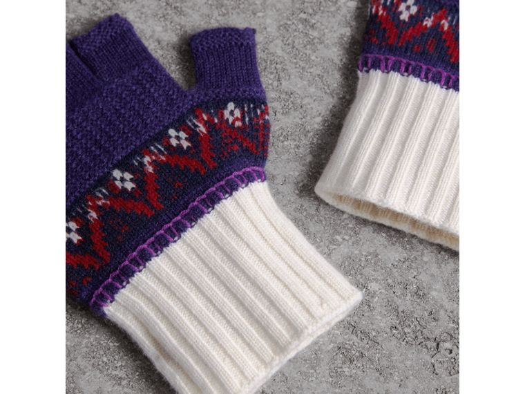Fair Isle Cashmere Wool Fingerless Gloves in Purple Grape | Burberry - cell image 2