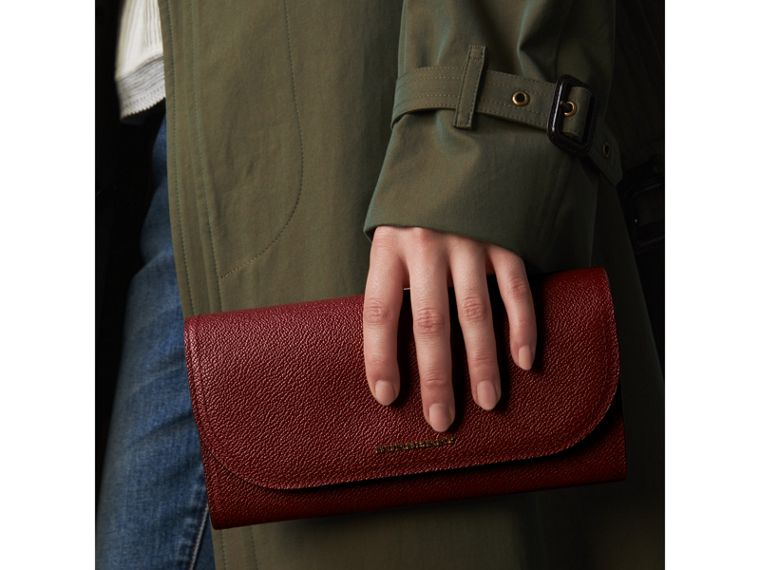 Leather Wallet with Chain in Burgundy - Women | Burberry - cell image 4