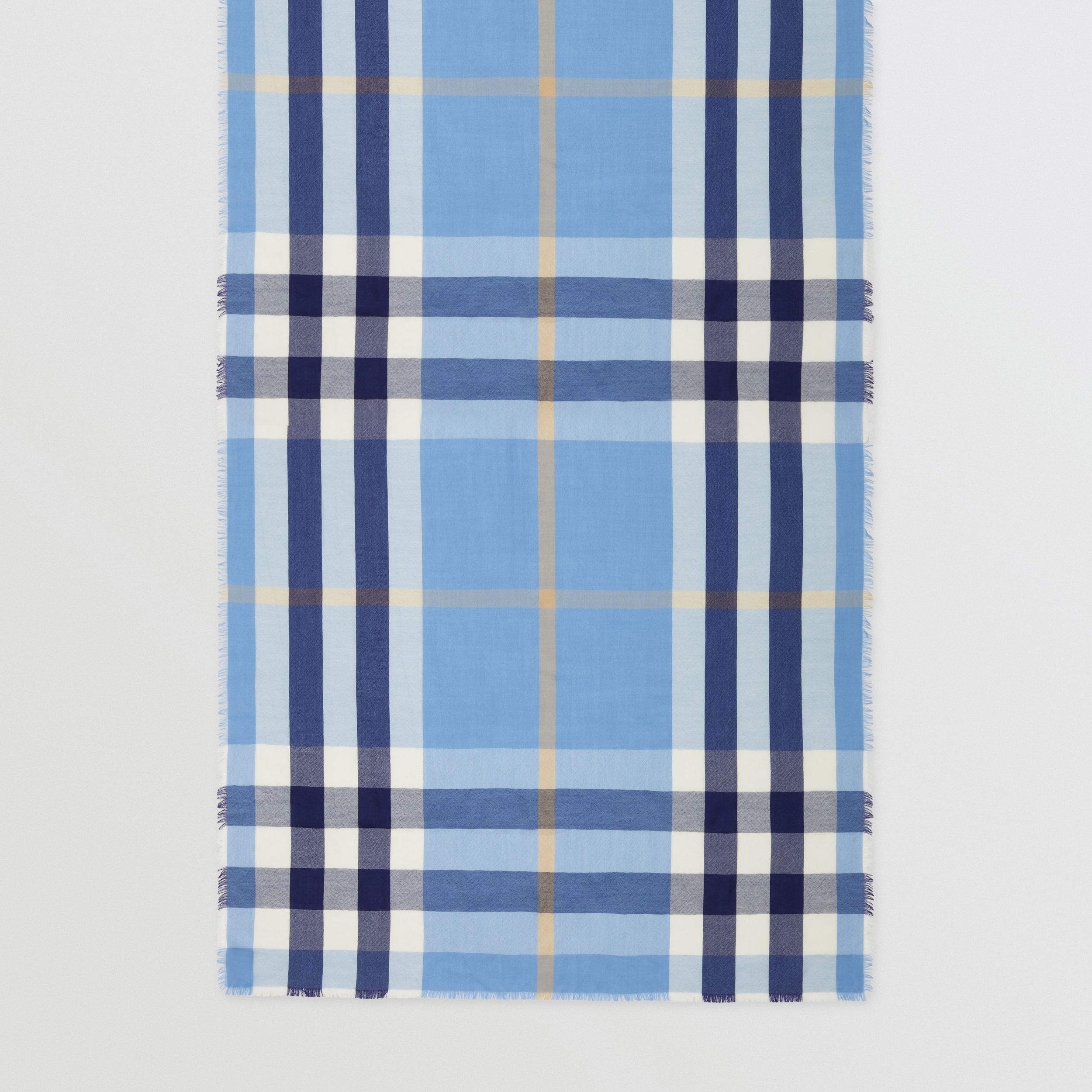 Lightweight Check Cashmere Scarf in English Bluebell | Burberry - 4
