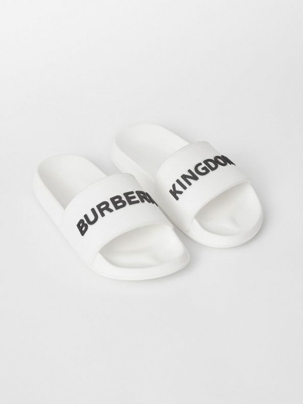 Kingdom Motif Slides in Optic White/black