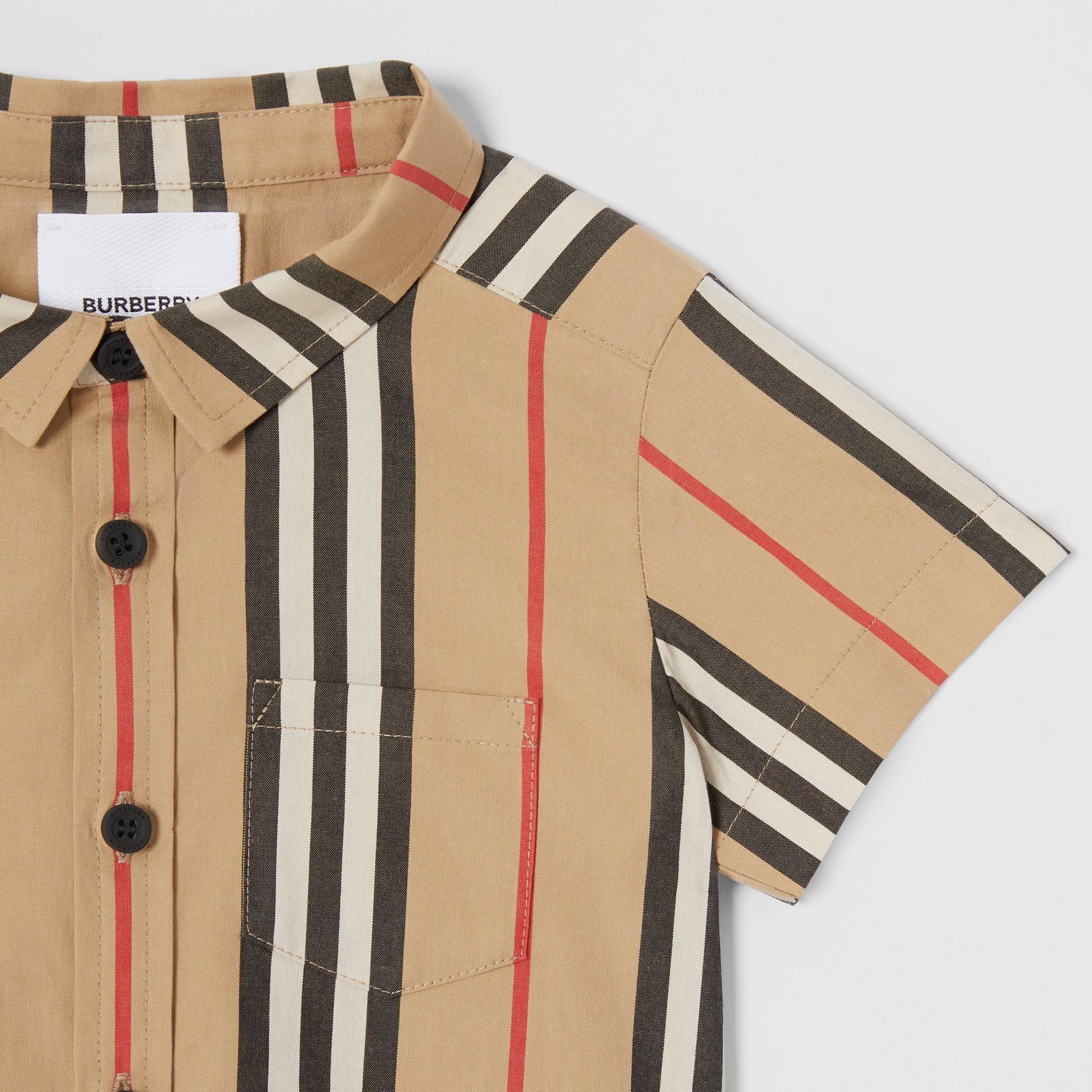 Short-sleeve Icon Stripe Cotton Poplin Shirt in Archive Beige - Children | Burberry - gallery image 4