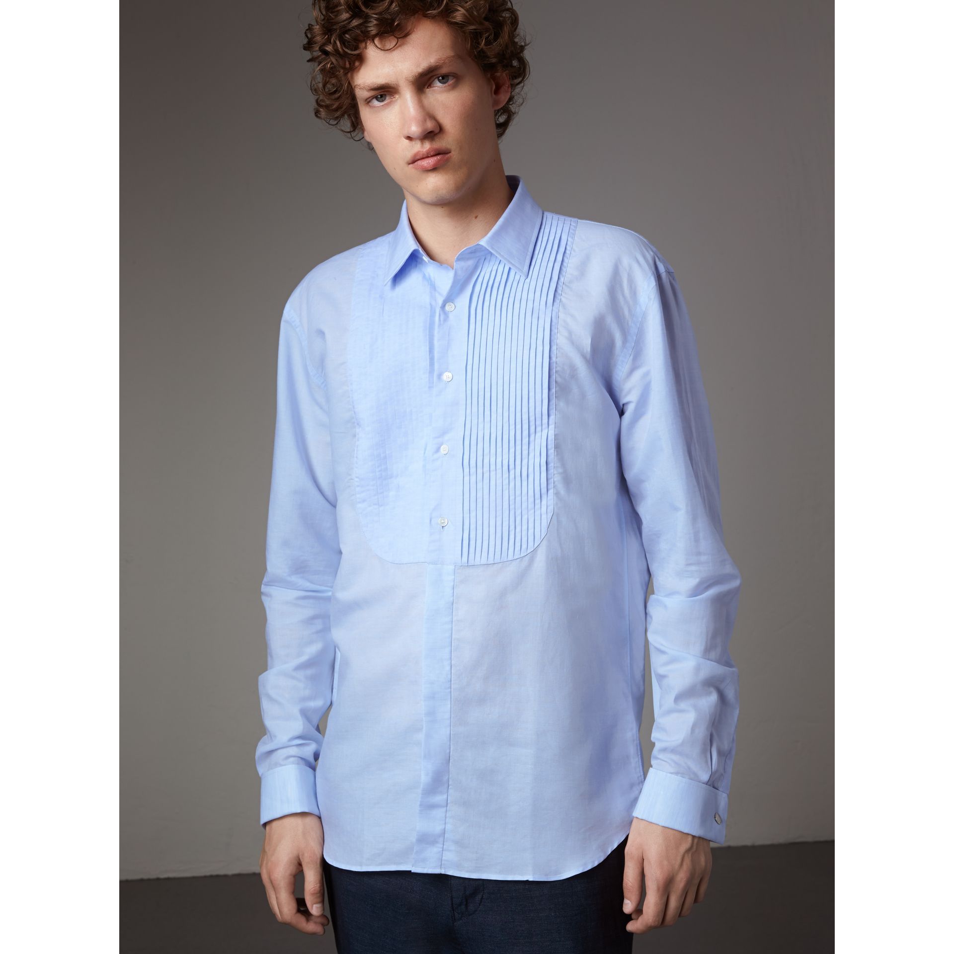 Modern Fit Linen Cotton Dress Shirt in Pale Blue - Men | Burberry Australia - gallery image 1