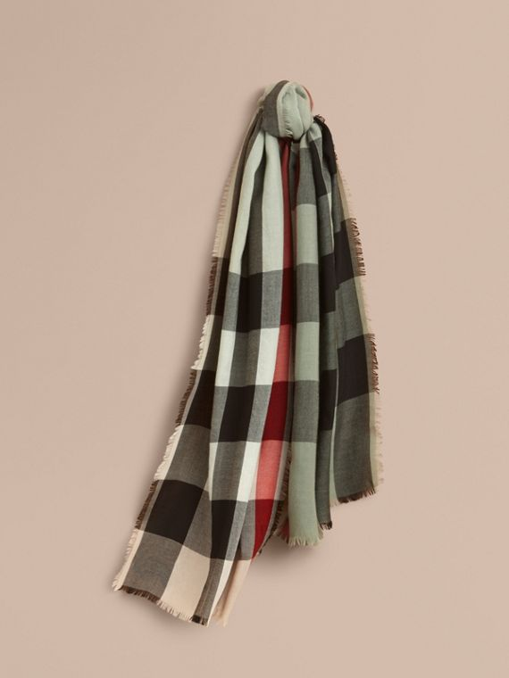 The Lightweight Cashmere Scarf in Ombré Check in Apple Green | Burberry Singapore