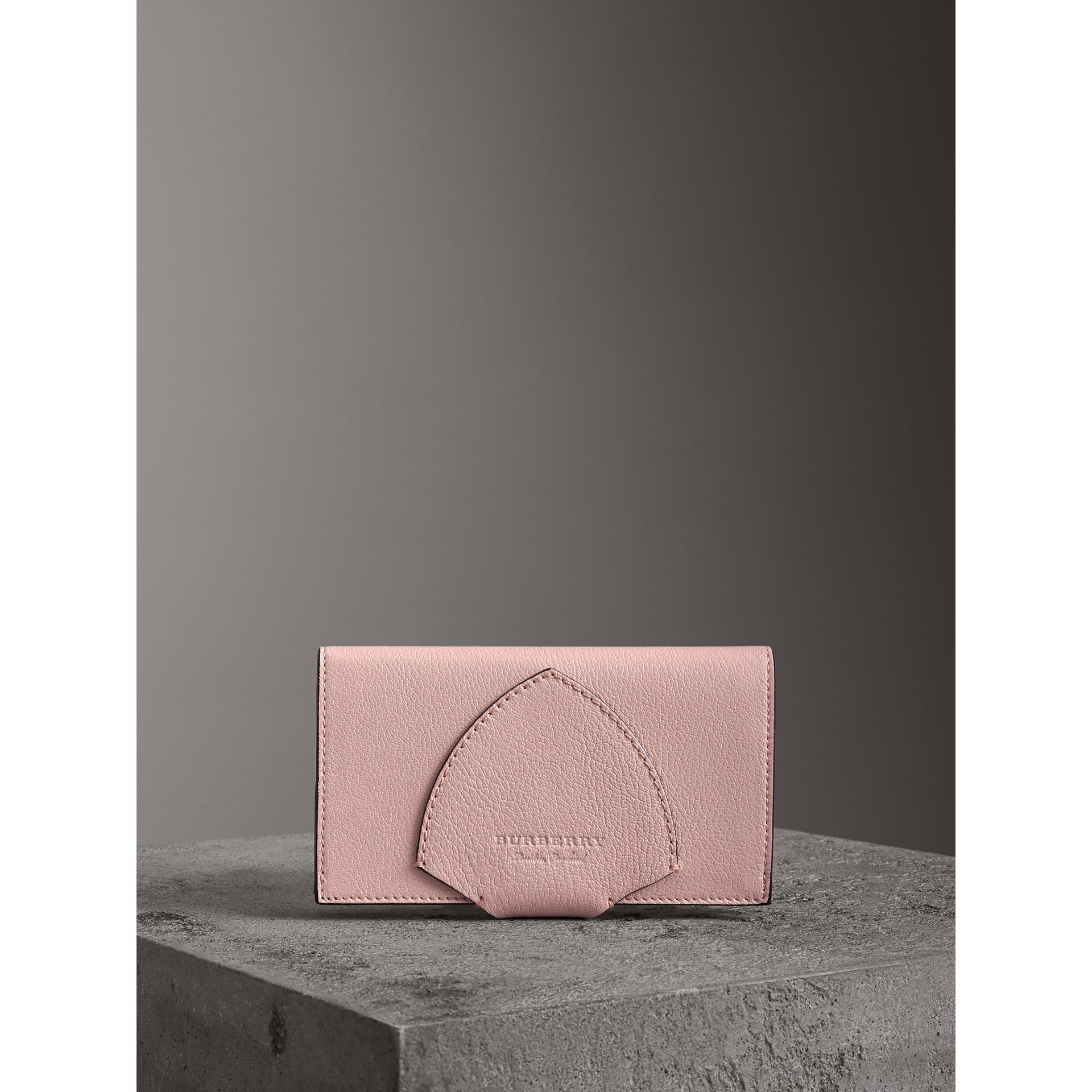 Equestrian Shield Two-tone Leather Continental Wallet in Pale Ash Rose - Women | Burberry United Kingdom - gallery image 4