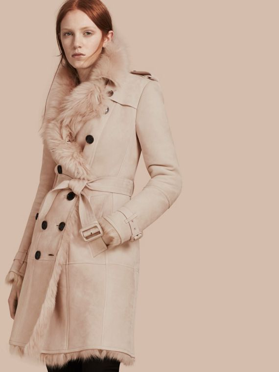Trench-coat en shearling Rose Craie
