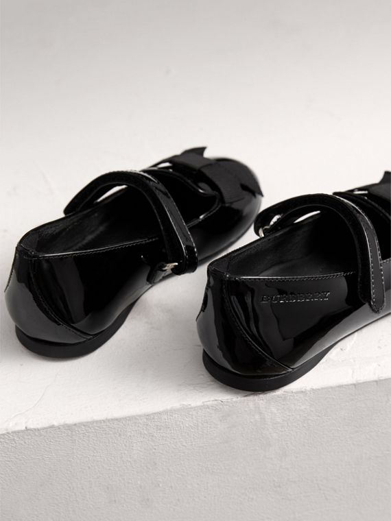 Bow Detail Patent Leather Ballerinas in Black | Burberry - cell image 2