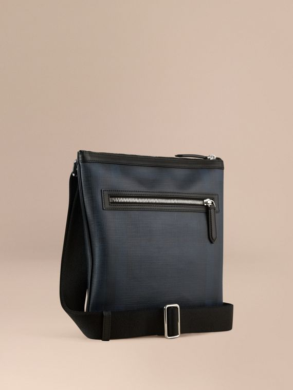 Borsa a tracolla con motivo Smoked check e finiture in pelle Navy/nero