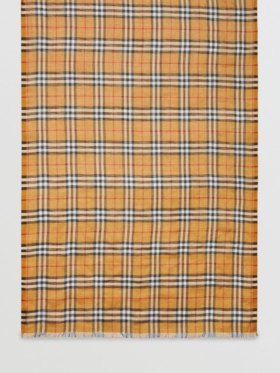Vintage 格紋輕盈羊毛絲綢圍巾 (古典黃色)