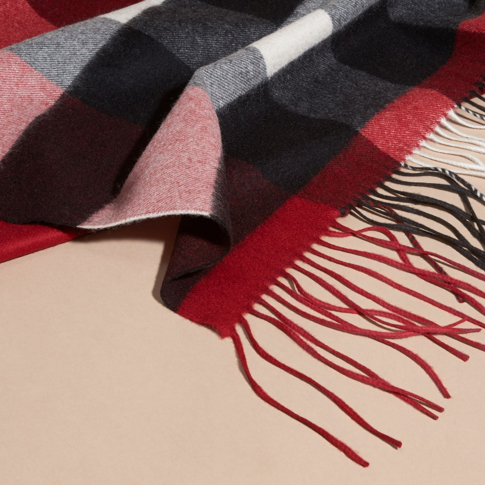 Oversize Check Cashmere Scarf in Parade Red | Burberry - gallery image 2