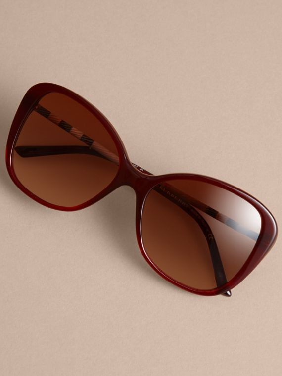 Check Detail Butterfly Frame Sunglasses Oxblood - cell image 2