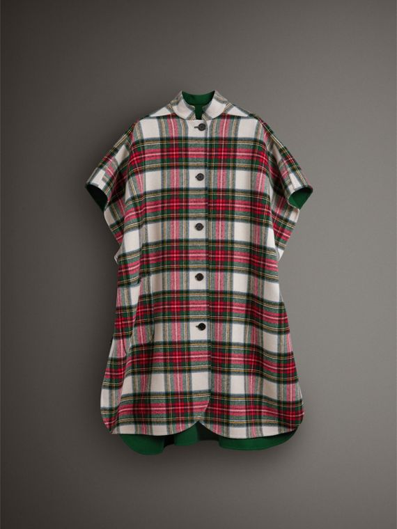 Reversible Tartan Oversized Poncho in Natural White/bottle Green | Burberry Singapore - cell image 3