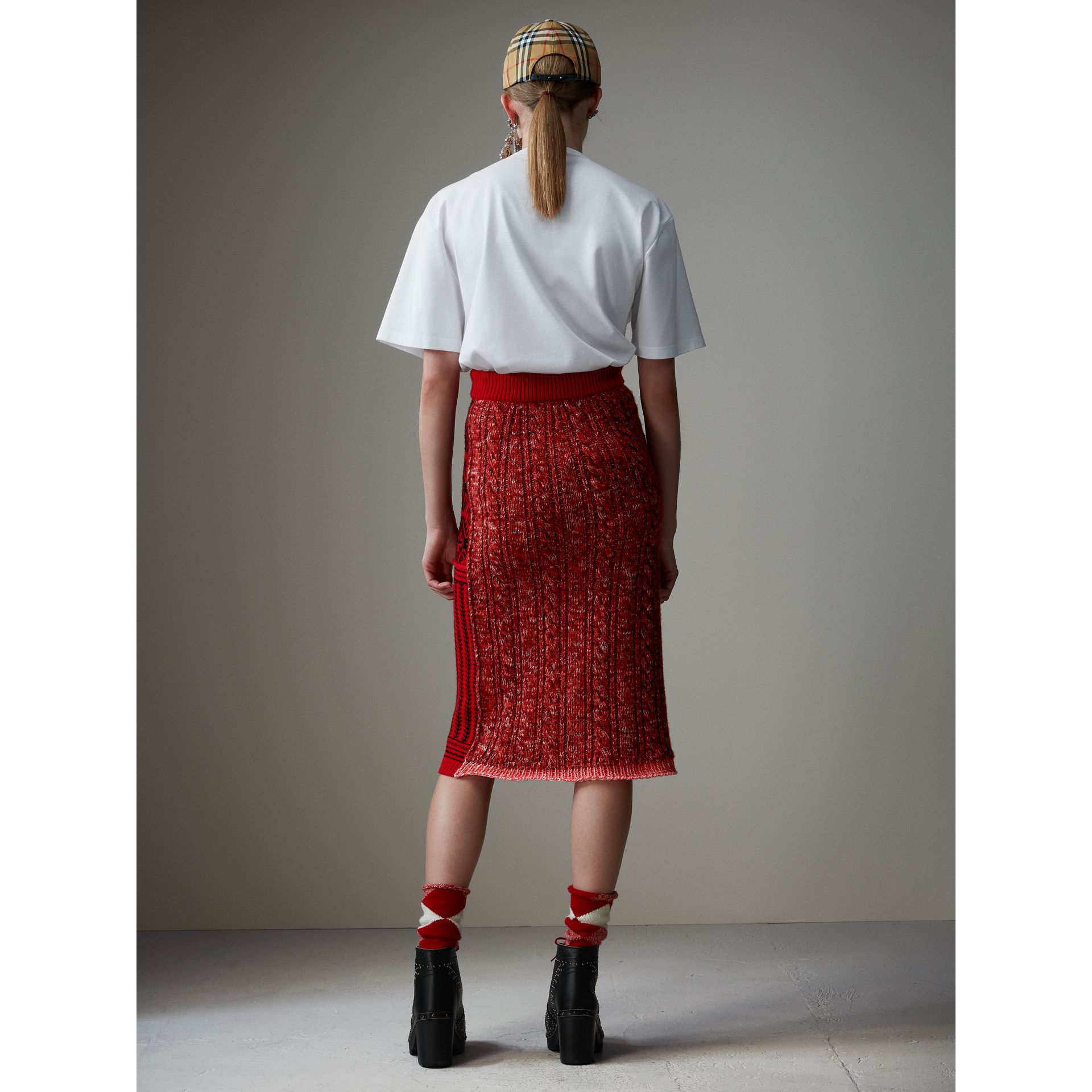 Geometric and Cable Knit Wool Cashmere Skirt in Red/black - Women | Burberry Australia - gallery image 2