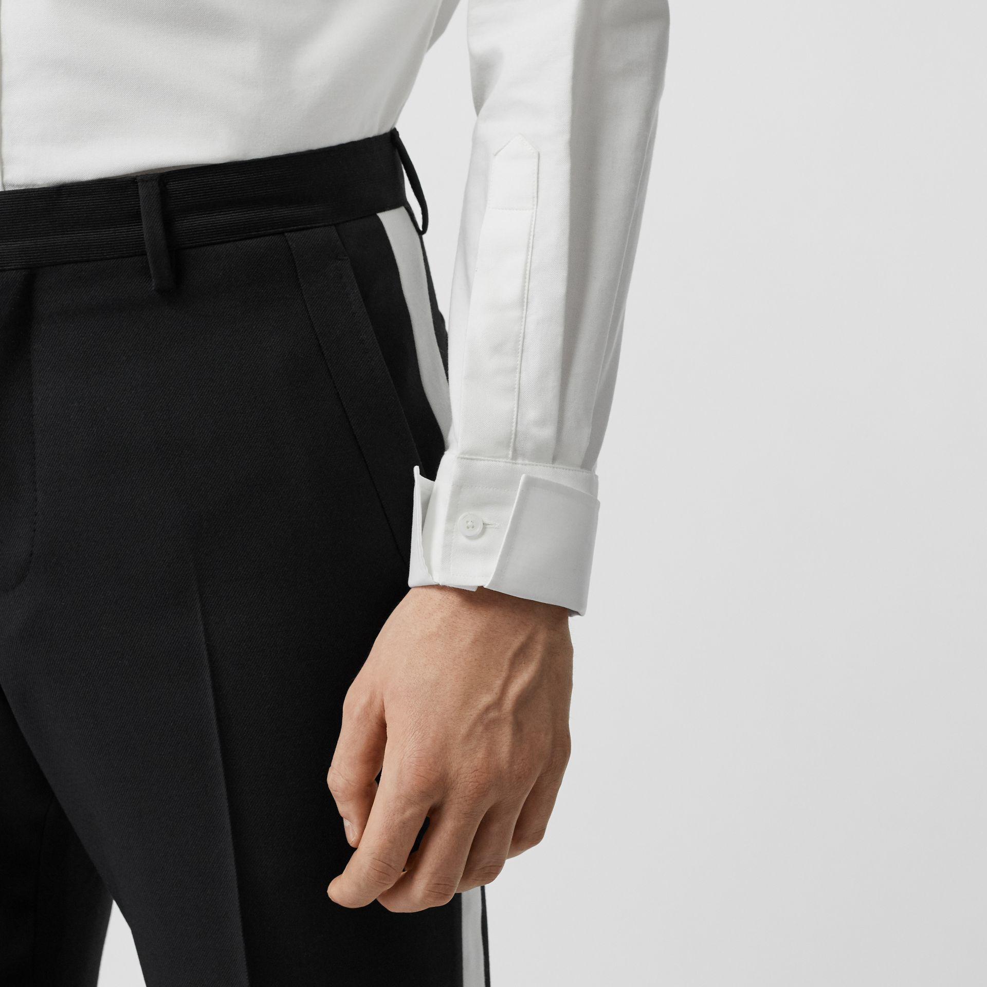 Classic Fit Detachable Collar Cotton Shirt in Optic White - Men | Burberry - gallery image 4