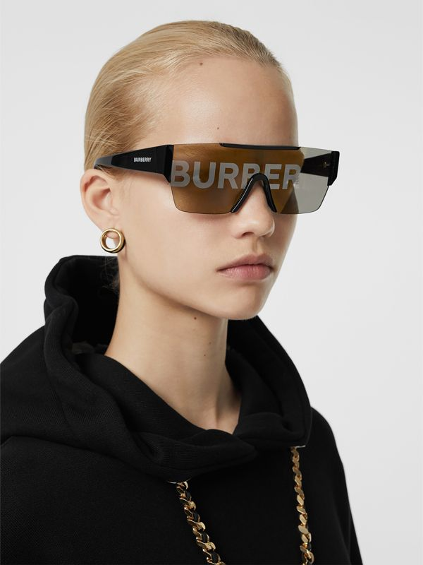 Logo Lens D-frame Sunglasses in Black - Women | Burberry United Kingdom - cell image 2
