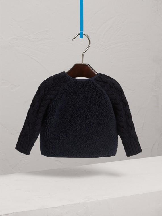 Veste en maille de laine et cachemire torsadée et faux shearling (Marine) | Burberry - cell image 3