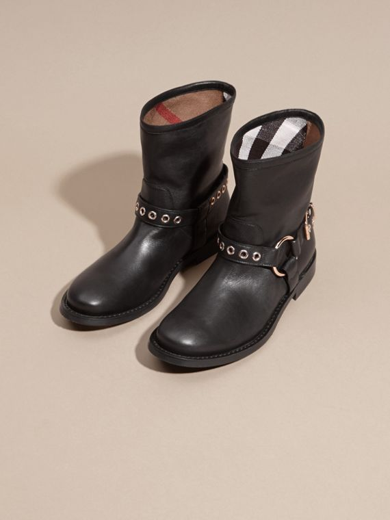 Black Buckle Detail Leather Biker Boots - cell image 2