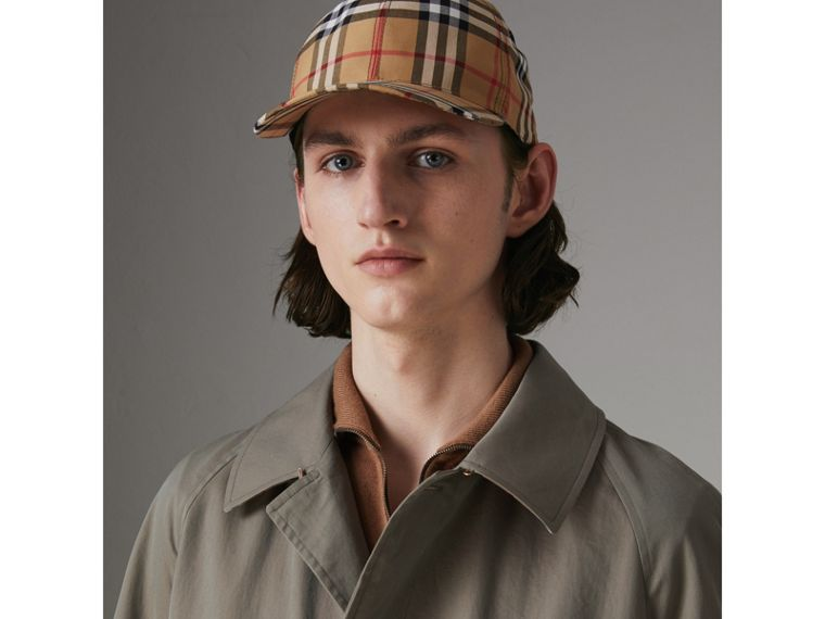 The Brighton Car Coat in Chalk Green - Men | Burberry Hong Kong - cell image 1