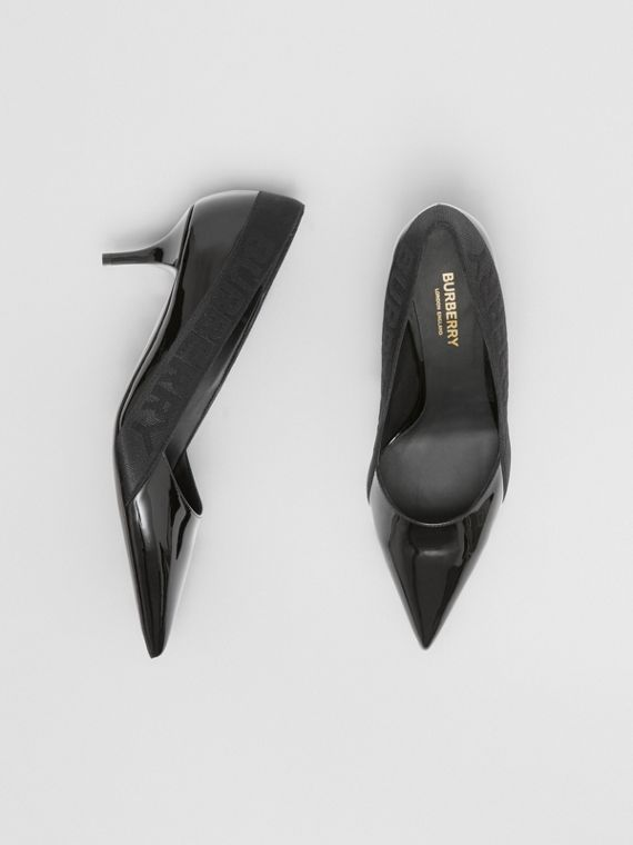 Logo Detail Patent Leather Point-toe Pumps in Black