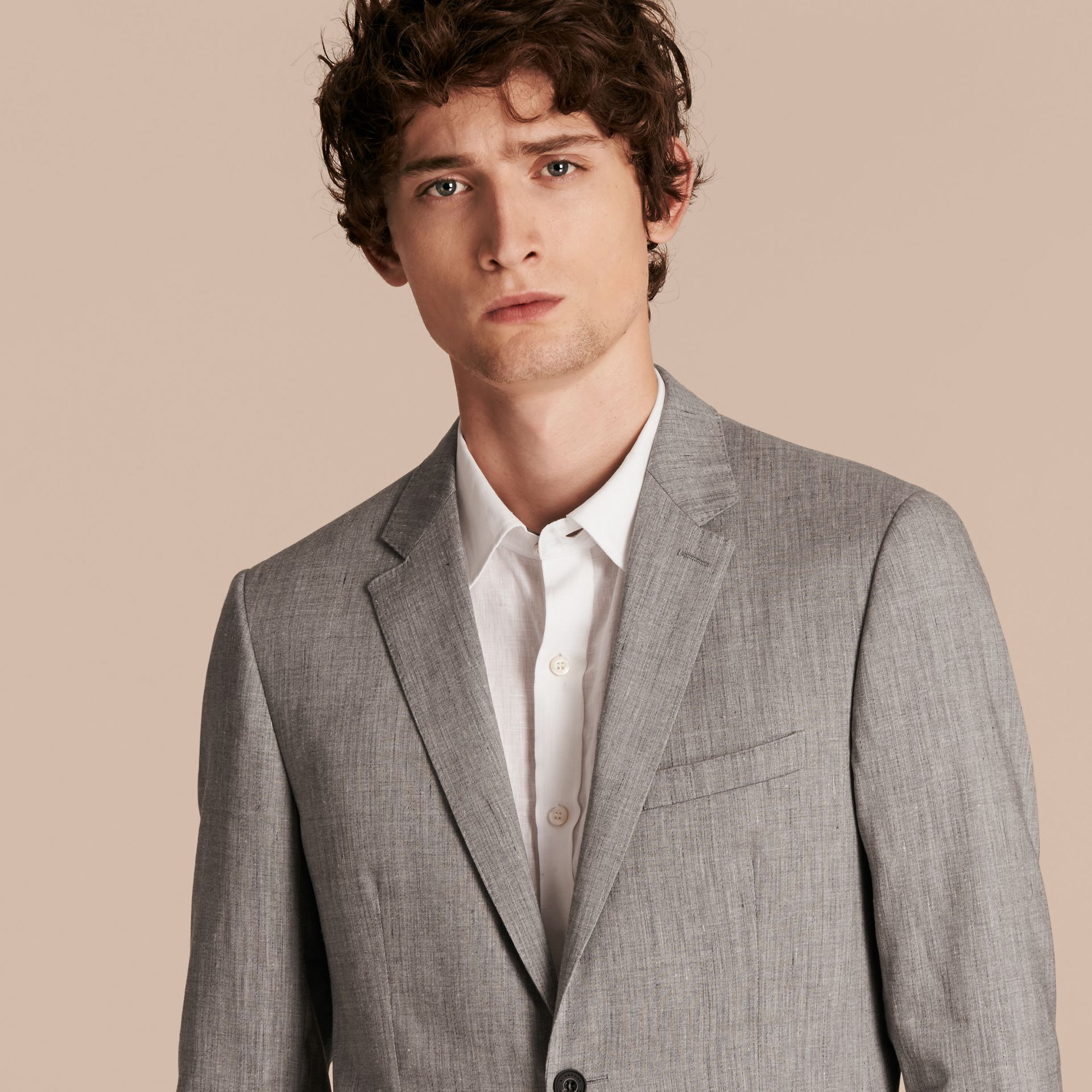 Slim Fit Travel Tailoring Linen Wool Blend Suit - Men | Burberry Singapore - gallery image 5