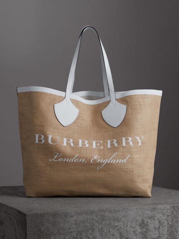 The Giant Tote in Logo Print Jute in Chalk White