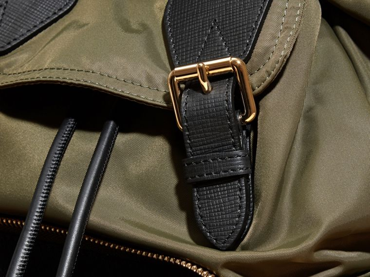 The Medium Rucksack in Technical Nylon and Leather in Canvas Green - cell image 4
