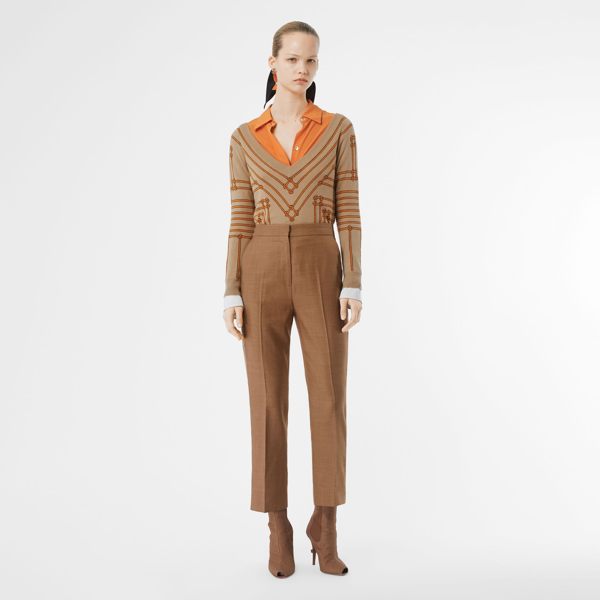 Rope Silk Wool Jacquard V-neck Sweater in Honey - Women | Burberry Singapore - gallery image 0