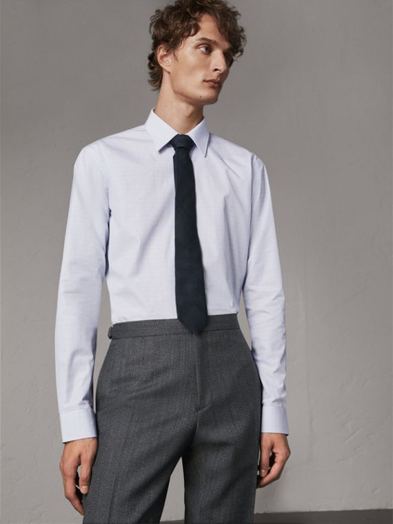 Modern Fit Geometric Dobby Cotton Shirt in Pale Blue