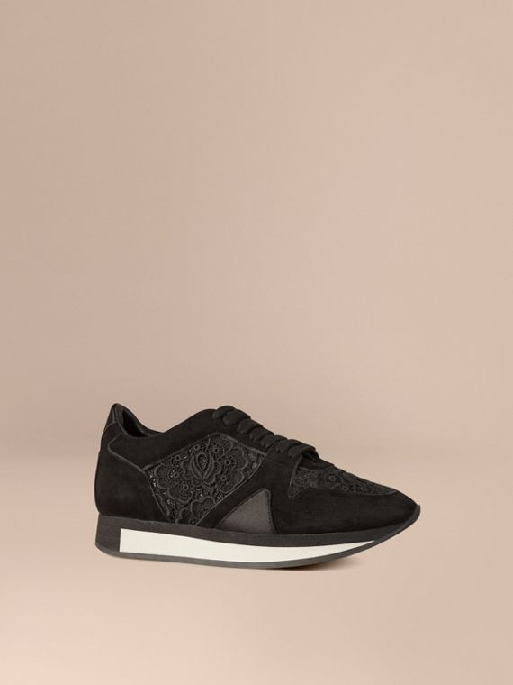 Les Field Sneakers en dentelle et cuir velours