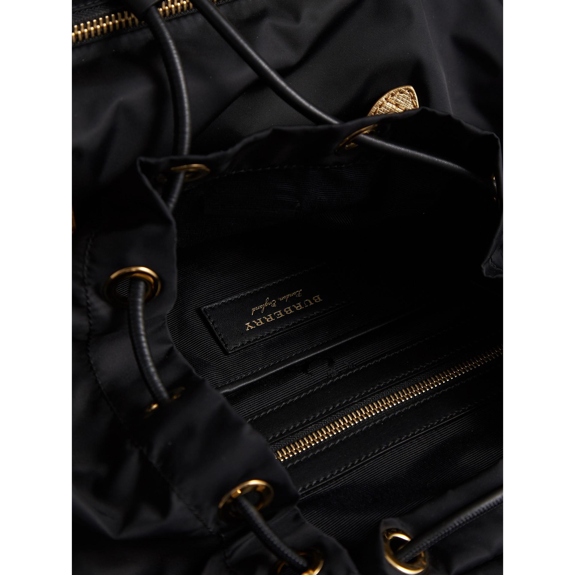 The Large Rucksack aus Nylon und Leder (Schwarz/goldfarben) - Damen | Burberry - Galerie-Bild 5