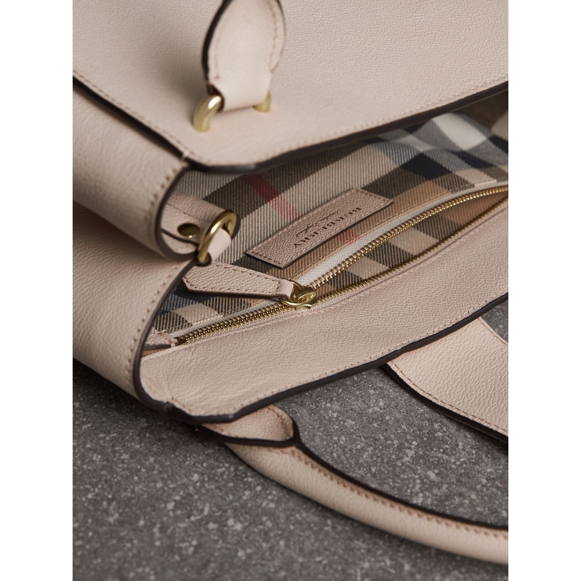 The Medium Buckle Tote in Grainy Leather in Limestone - Women | Burberry Canada - gallery image 6