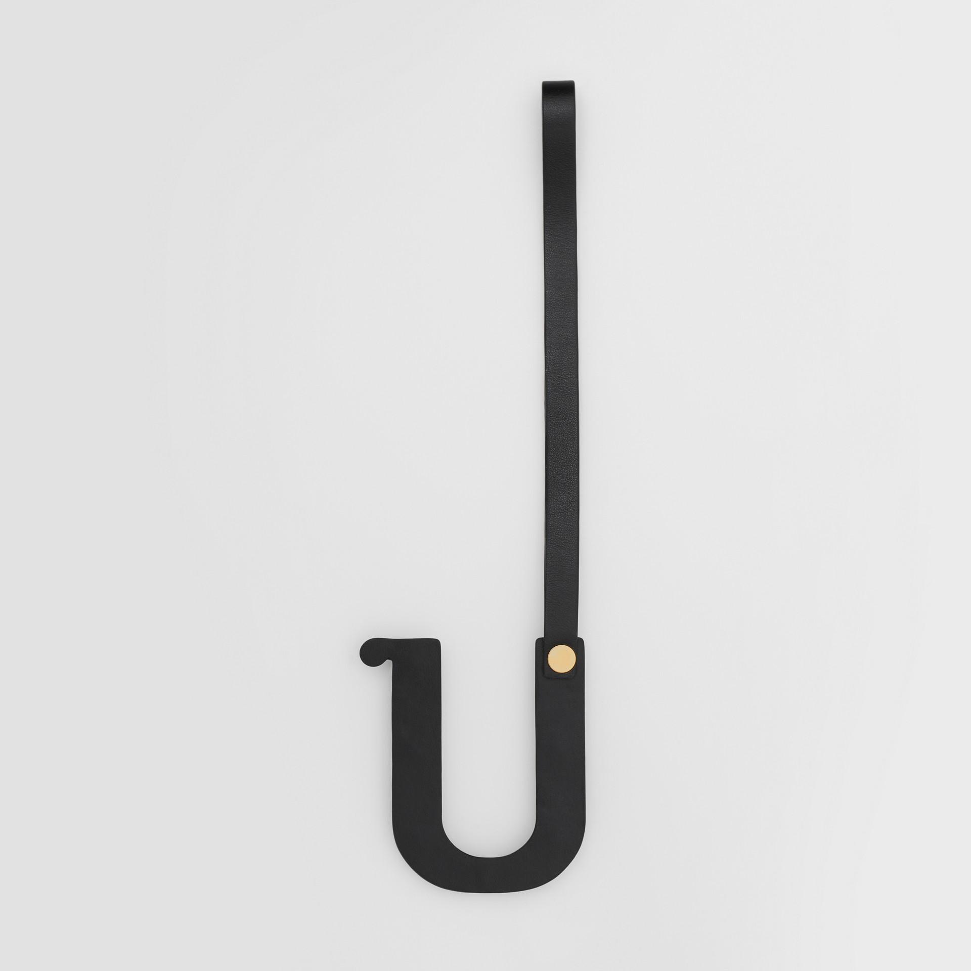 Bijou alphabet «U» en cuir clouté (Noir/or Clair) - Femme   Burberry Canada - photo de la galerie 2